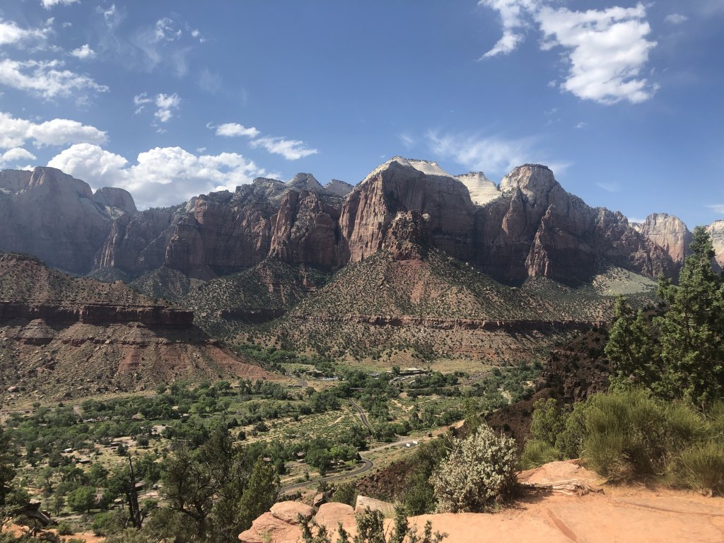 Views from Watchmen Hike Zion