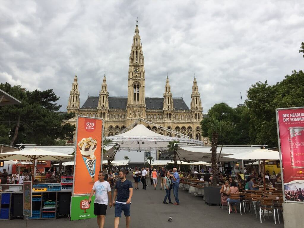 What to do for 3 days in Vienna Rathaus Market