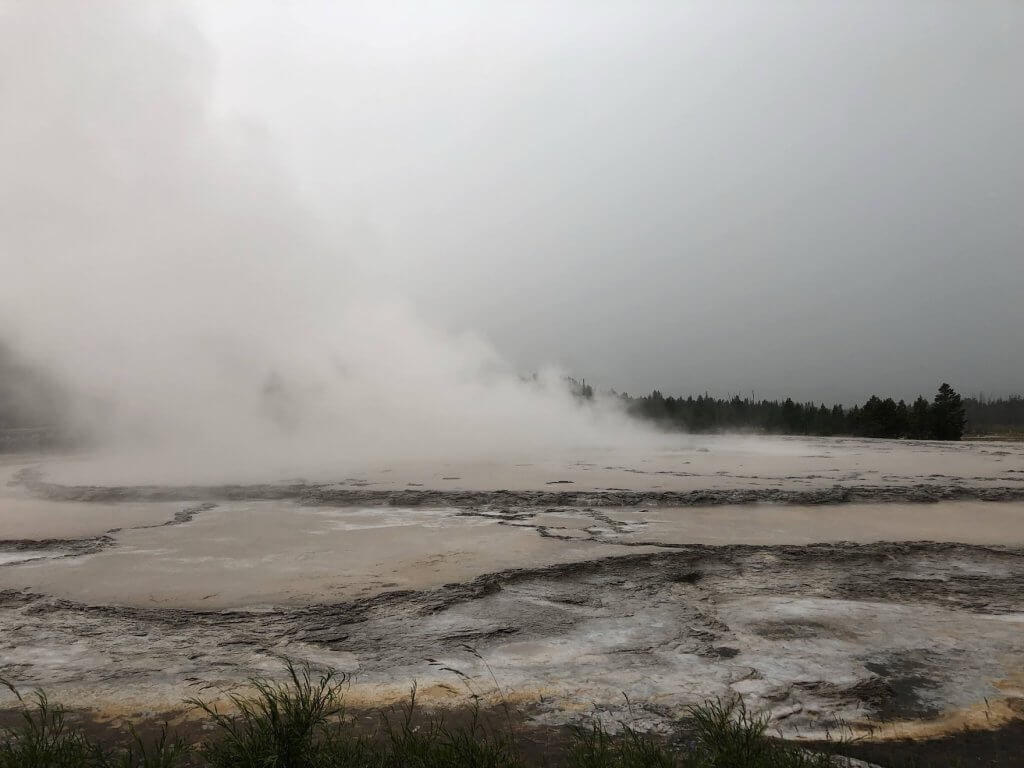 Firehold Lake Drive Yellowstone Itinerary