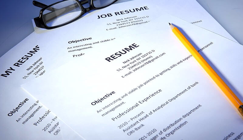 Move abroad help your resume
